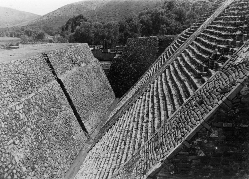 Josef Albers, Piramide di Tenayuca, 1937