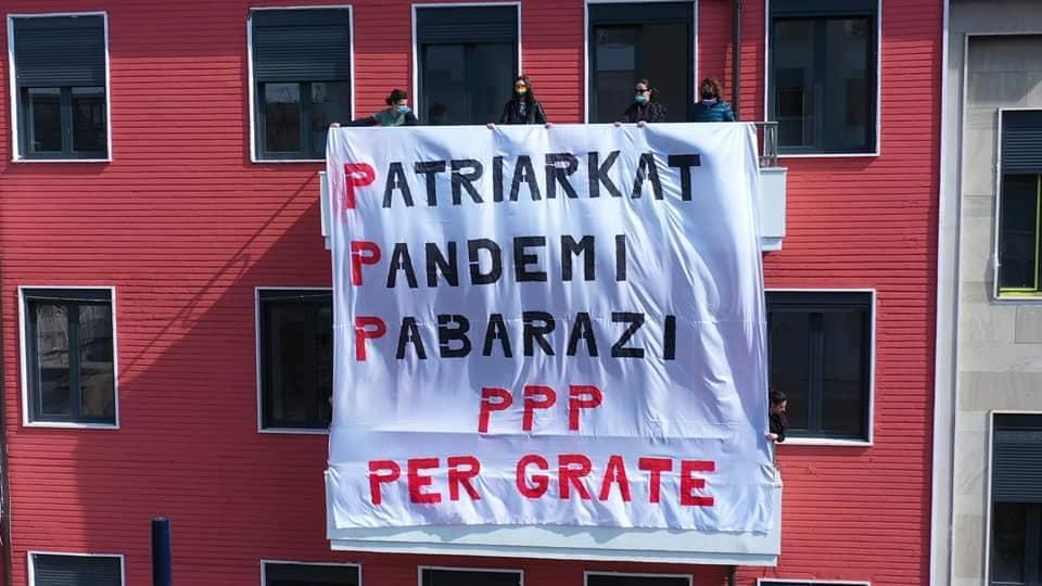 La manifestazione di Tirana, 8 marzo 2021