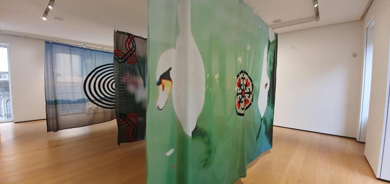 Veduta dell'installazione di Paolo Parisi presso Building, via Monte della Pietà