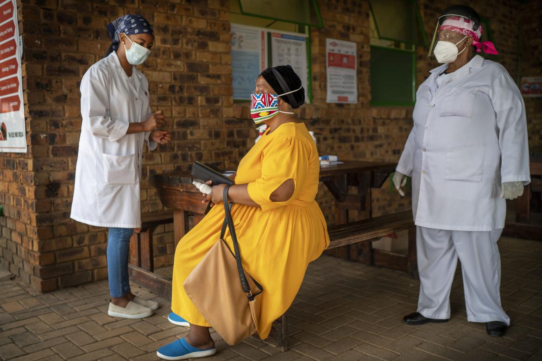 Somministrazione del vaccino in Sudafrica