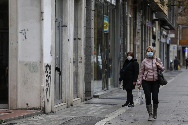 Negozi chiusi per le misure anti Covid, Roma