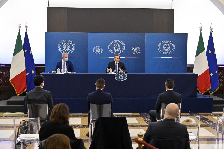 La conferenza stampa di Mario Draghi a palazzo Chigi
