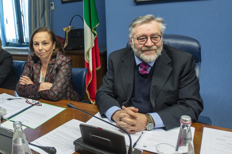 Gennaio 2020, audizione della ministra Luciana Lamorgese al Copasir. A destra, Raffaele Volpi
