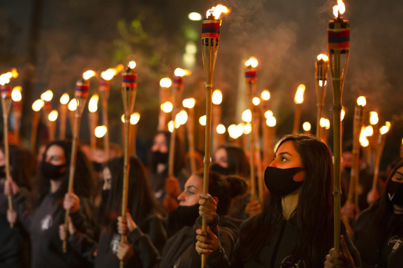 Veglia a Yerevan nel giorno di commemorazione del genocidio armeno