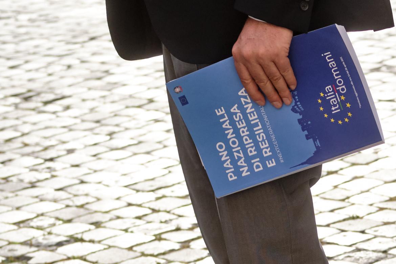 Il testo cartaceo del Piano nazionale di ripresa e resilienza