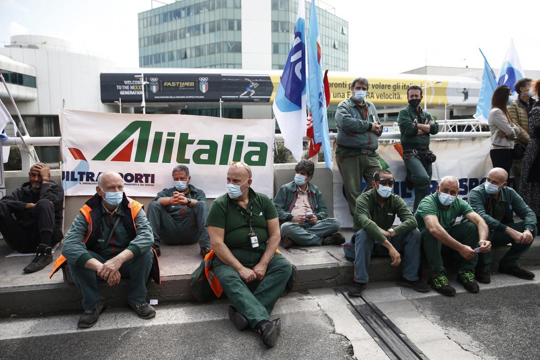 Le proteste ormai quotidiane dei dipendenti