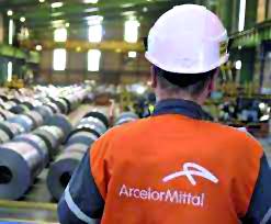 Un lavoratore Arcelor Mittal