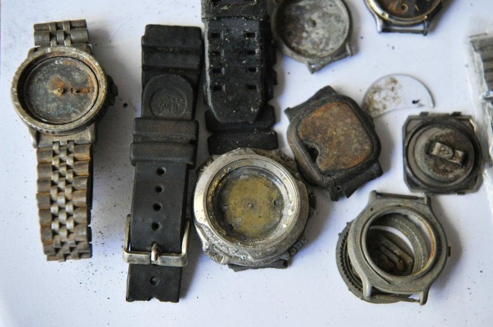 Orologi, reperti della Moby Prince