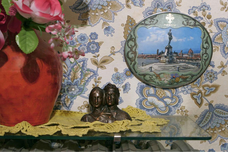 PetriPaselli, foto della serie Souvenirs d'Italie, da «FMR Bianca» # 4