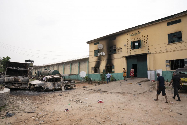 La prigione di Owerri, nello stato di Imo, dopo l'assalto di lunedì