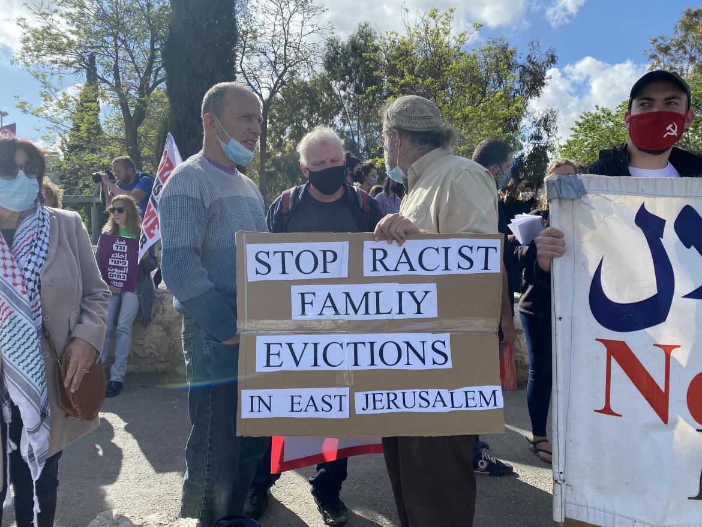 Manifestazione a Sheikh Jarrah contro l'espulsione dei palestinesi