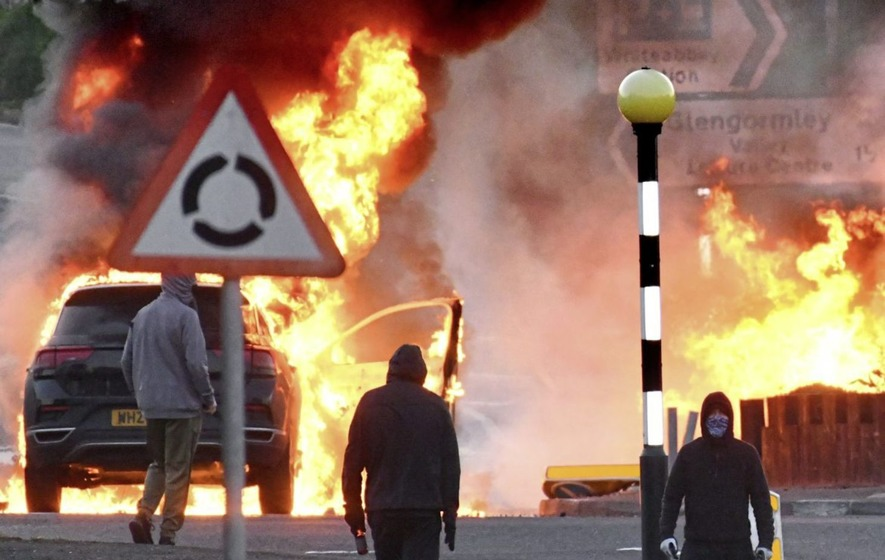 Incidenti a Newtownabbey, alla periferia di Belfast
