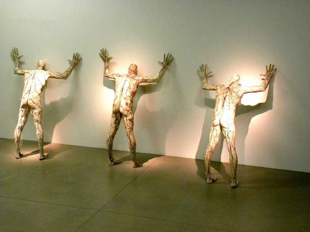 Marija Ujević-Galetović, Statues in the Zagreb Museum of Contemporary Art (foto di Jason Paris, Commons)