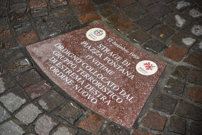 Milano, inaugurazione delle formelle con i nomi delle vittime della strage piazza Fontana del 12 dicembre 1969