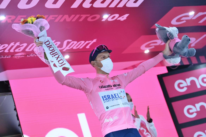 Alessandro De Marchi in maglia rosa