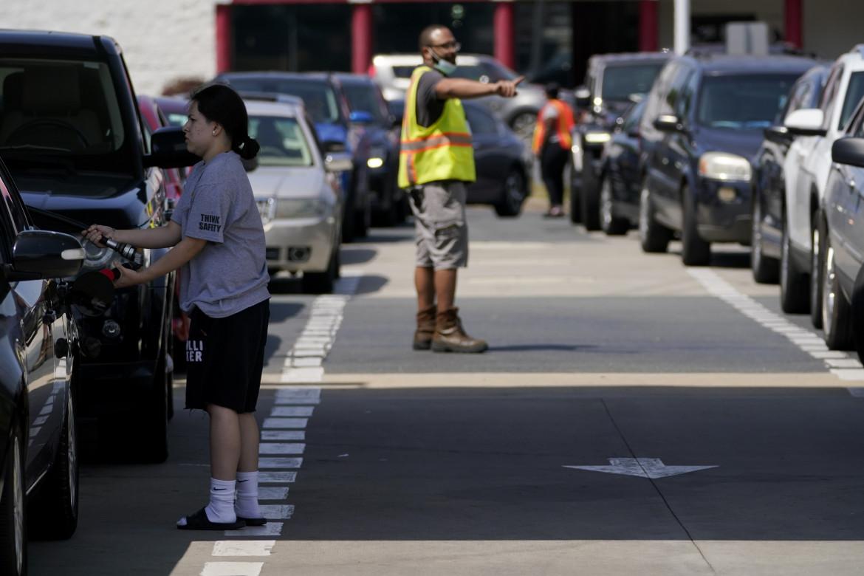 Le code ai benzinai in America dopo l'attacco informatica alla pipeline