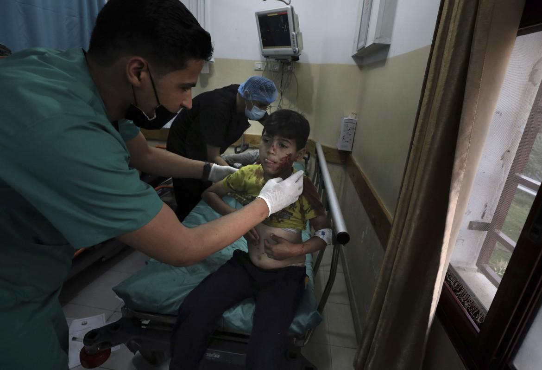Un bambino ferito a Gaza durante l'ultimo conflitto
