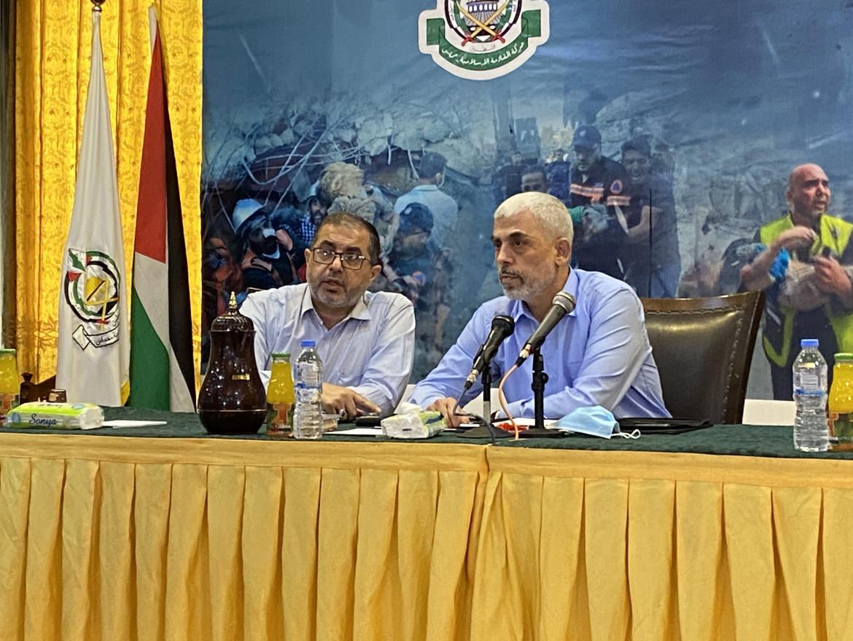 Al centro Yahya Sinwar, leader di Hamas