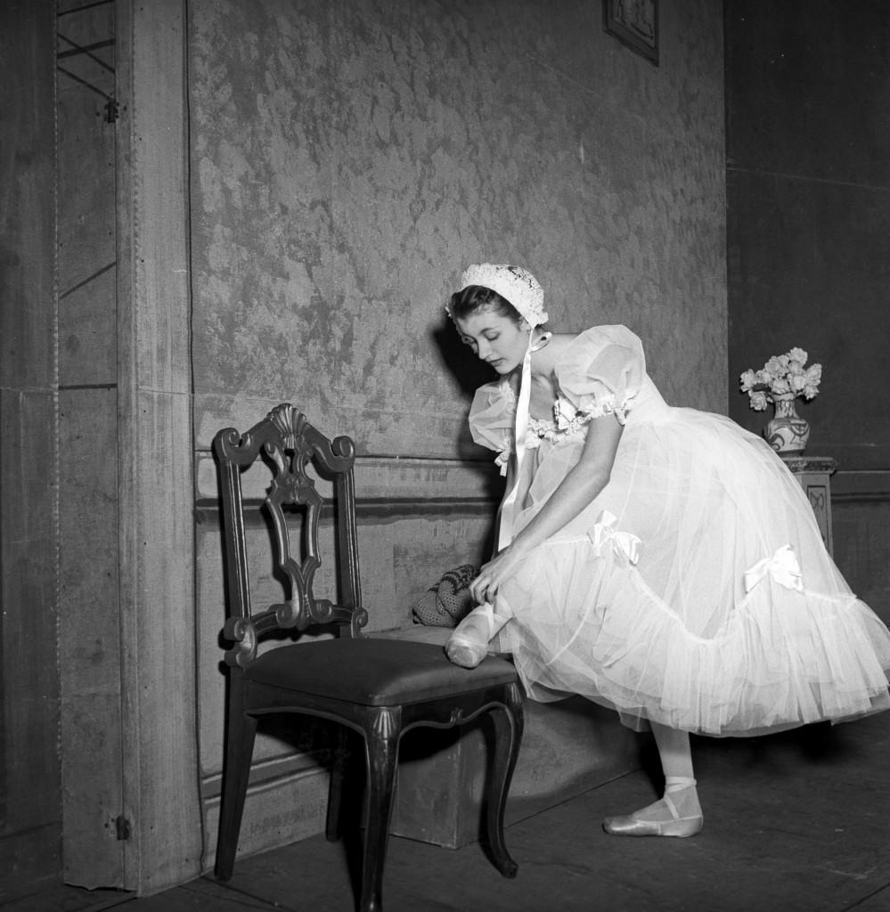 Carla Fracci, «Passo d'addio - Le Spectre de la Rose»; «Giselle»