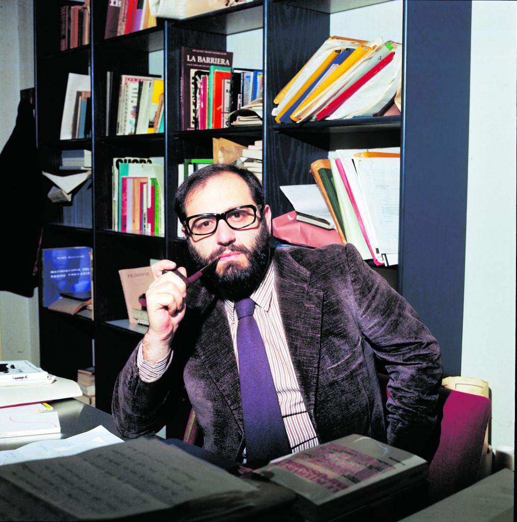 Umberto Eco nel 1975, foto di Walter Mori