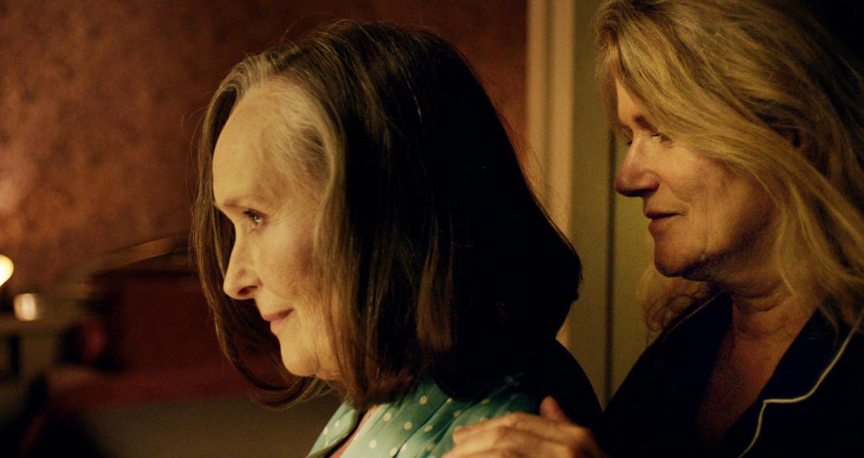 Martine Chevallier e Barbara Sukowa nel film