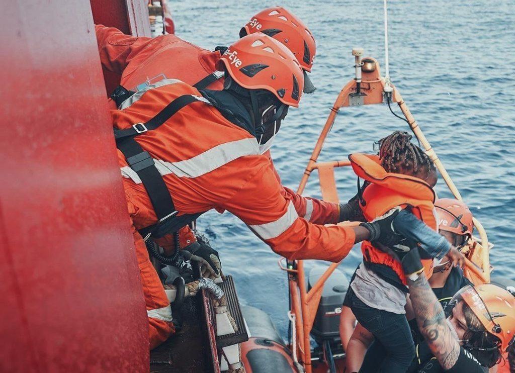 Uno dei soccorsi della Sea-Eye 4