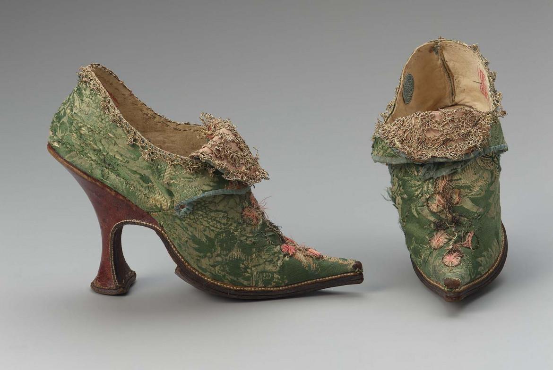 Scarpe femminili, 1700 ca.