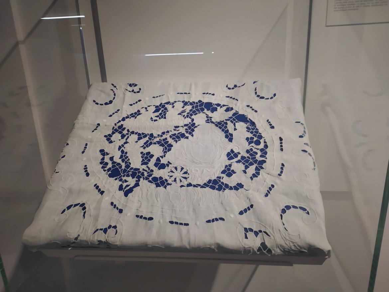 Uno degli oggetti esposti al Meis di  Ferrara grazie alla call to action «Un amore da condividere»