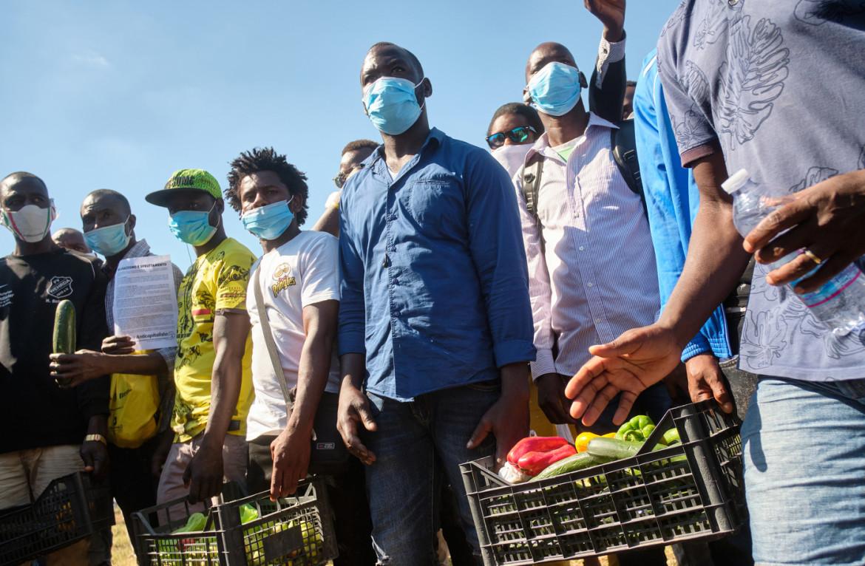 Una manifestazione per i diritti dei braccianti (foto d'archivio)