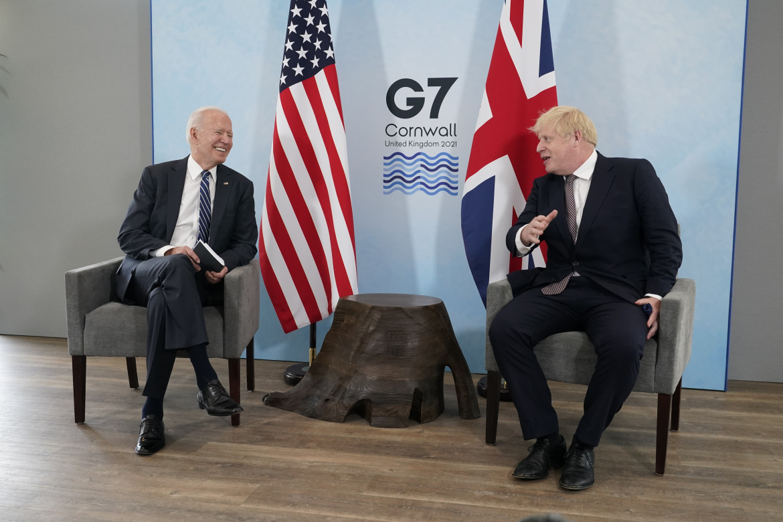 Joe Biden e Boris Johnson durante il bilaterale a margine dell'apertura dei lavori del G7