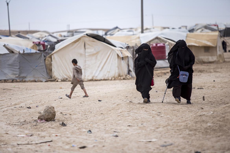 Il campo dove sono rinchiusi i miliziani dell'Isis a al Hol in Rojava