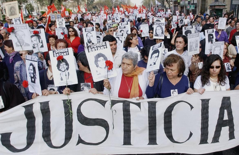 Giustizia per i desaparecidos cileni, manifestazione a Santiago