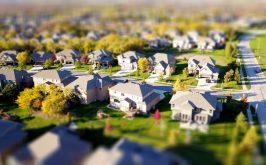 Un modellino di una periferia residenziale americana