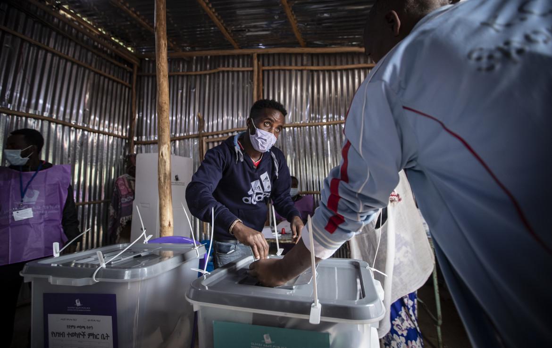 Seggio elettorale nella zona dell'Entoto Park, periferia nord di Addis Abeba