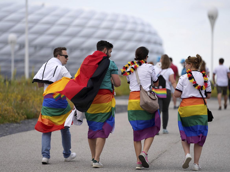 Tifosi all'Allianz Arena per Germania-Ungheria