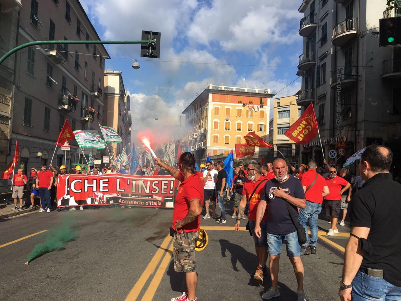Alla manifestazione di ieri dell'ex Ilva di Genova