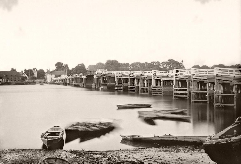 Henry Taunt, Old Putney Bridge, 1875