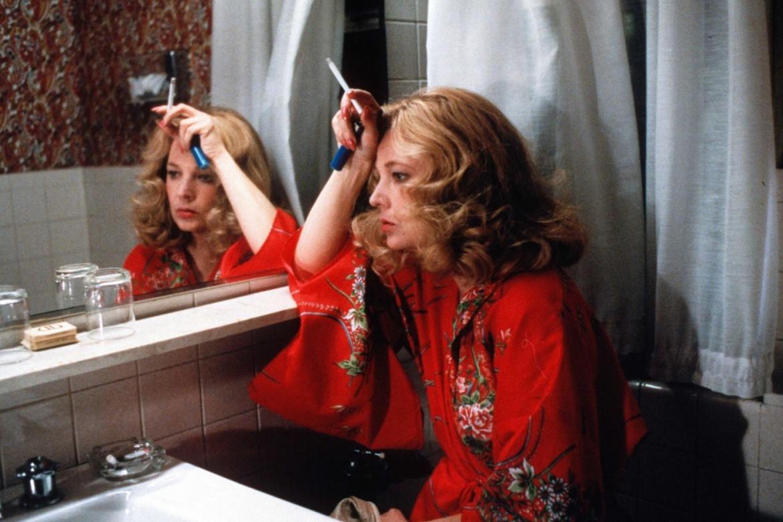 Gena Rowlands nel film  di John Cassavetes Gloria - Una notte d'estate, 1980
