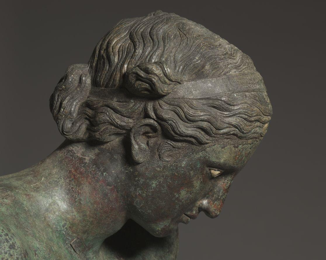 Statua in bronzo di Apollo a grandezza naturale, part., IV secolo a.C., Cleveland, Museum of Art