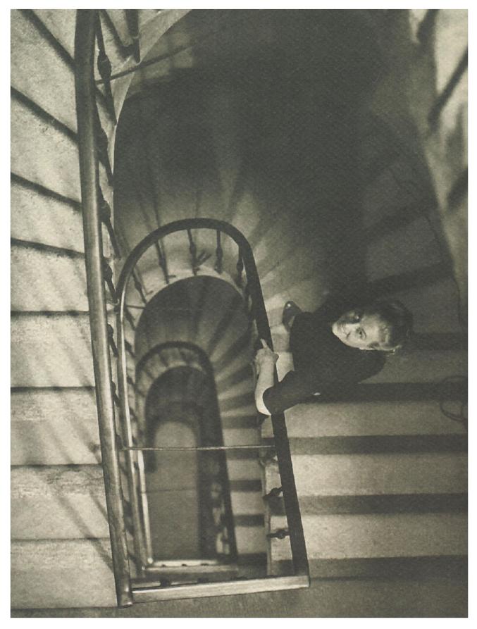 La poliedrica artista  e animatrice culturale triestina Anita Pittoni (1901-1982), definita  «la poetessa del colore»