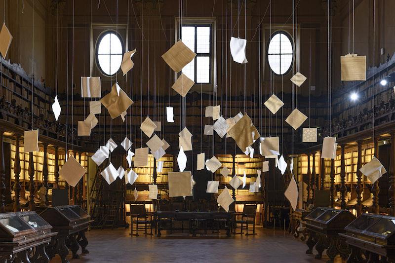 Veduta dell'installazione di Emanuela Mastria (foto di Giorgio Benni)