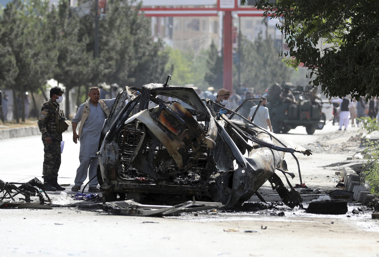 Gli effetti dell'ultimo attentato, sabato 12 giugno, nelle strade di Kabul