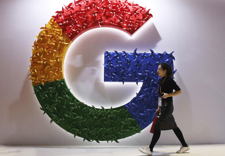 Un logo di Google a Shangai