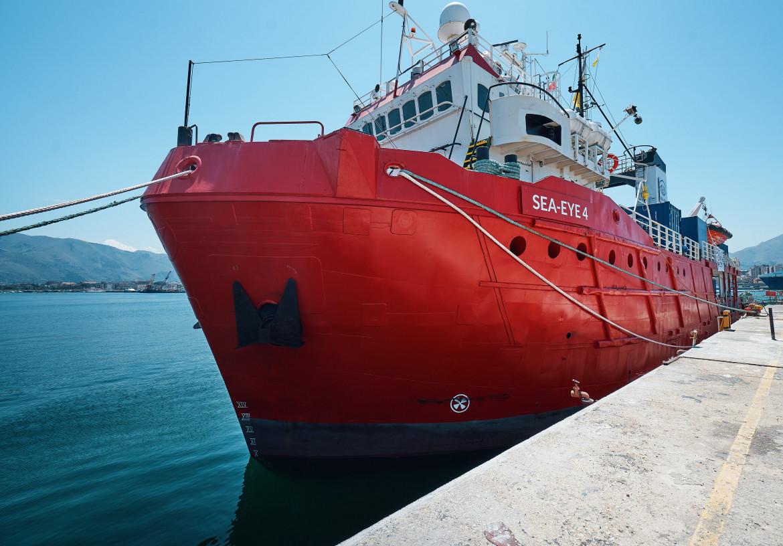La SeaEye 4 in stato di fermo amministrativo nel porto di Palermo
