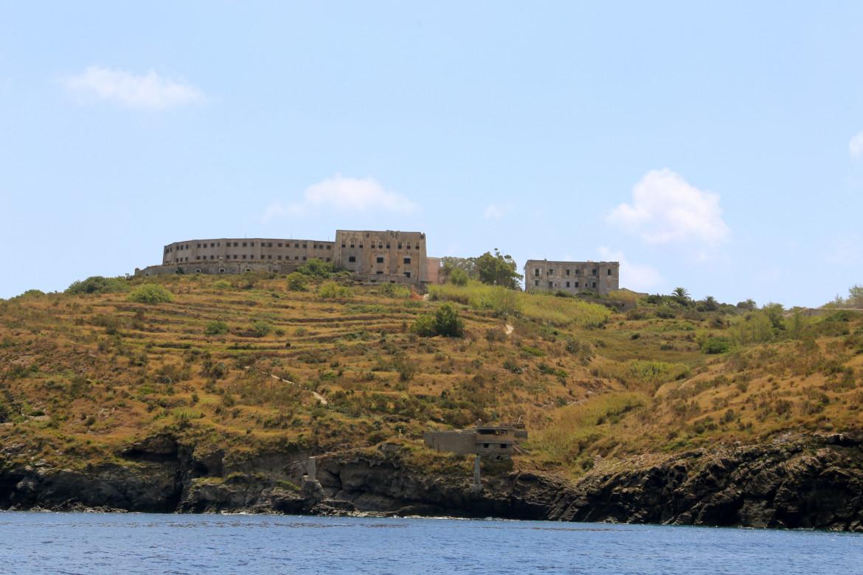 Isola di Santo Stefano (Ponza, Arcipelago dele Pontine) foto Giovanni Coppola