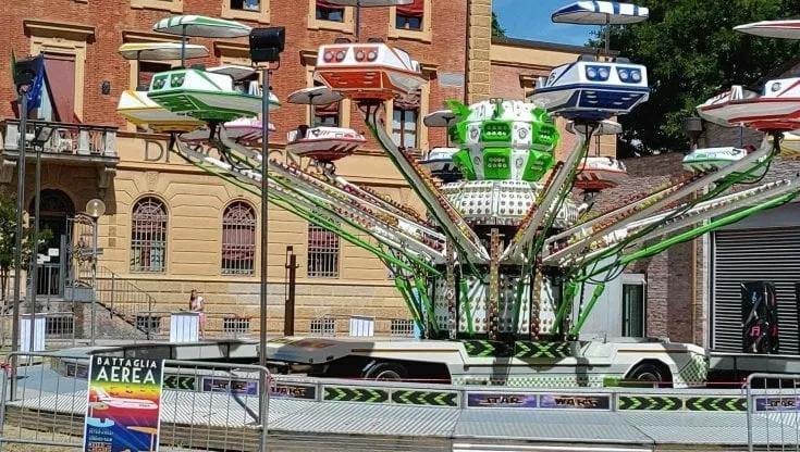 Bologna, l'installazione artistica del duo Petripaselli su Ustica: