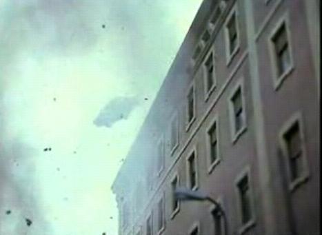 L'attentato nel film Ogro (1979) di Gillo Pontecorvo