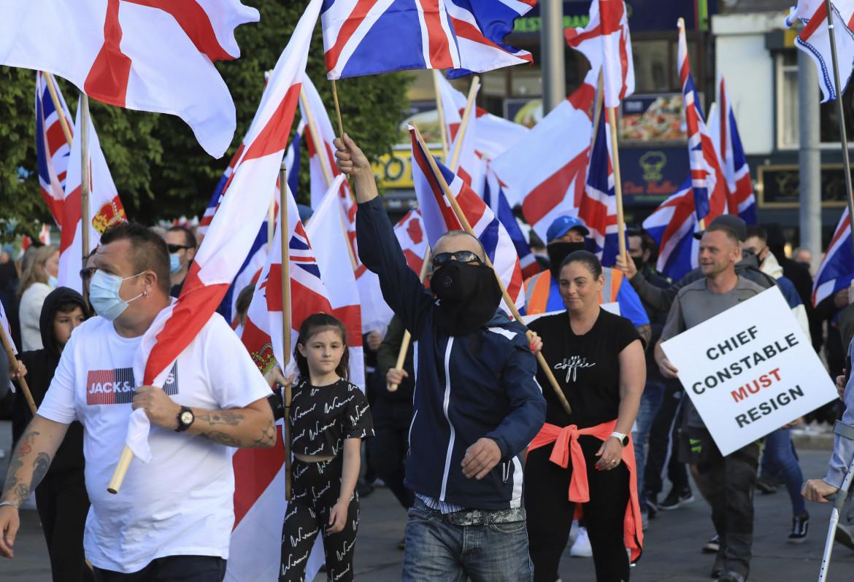 Protesta lealista contro il protocollo nordirlandese