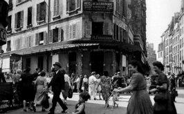Robert Doisneau Htel La Louisiane a Saint Germain des Prs a Parigi 1950 ca