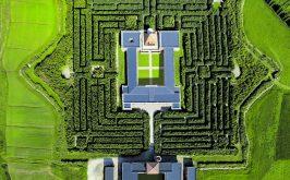 Fontanellato Parma veduta aerea del Labirinto della Masone creato da Franco Maria Ricci editore e collezionista 1937 2020